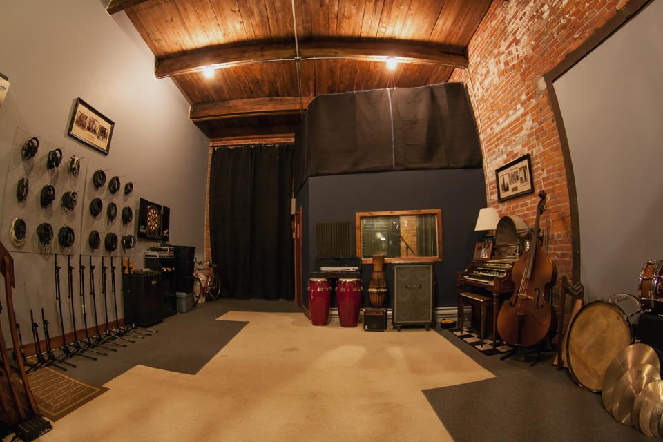 Tapwater-Productions-Studio-04